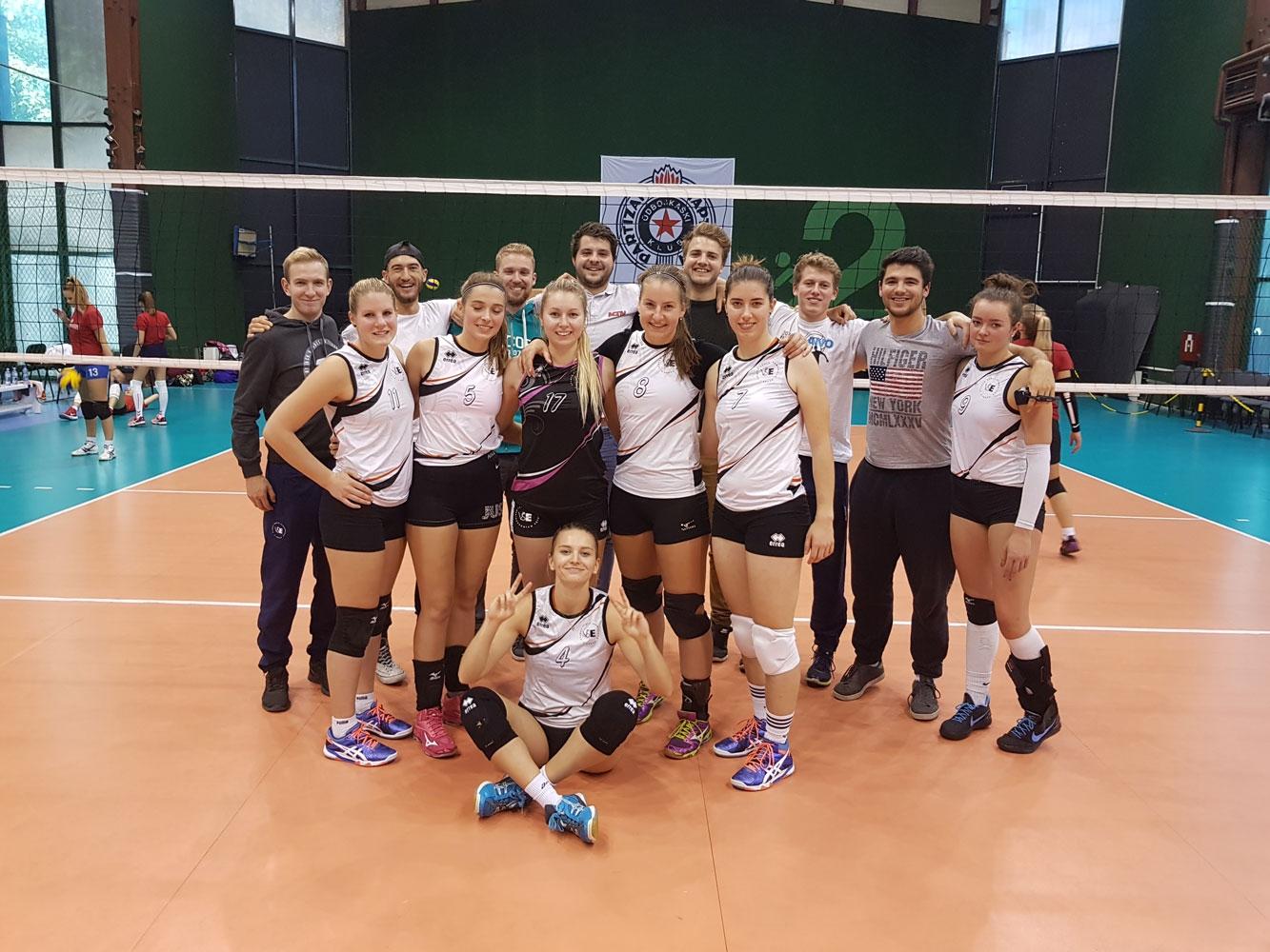 Volejbalové týmy reprezentovaly na mezinárodním turnaji v Bělehradě