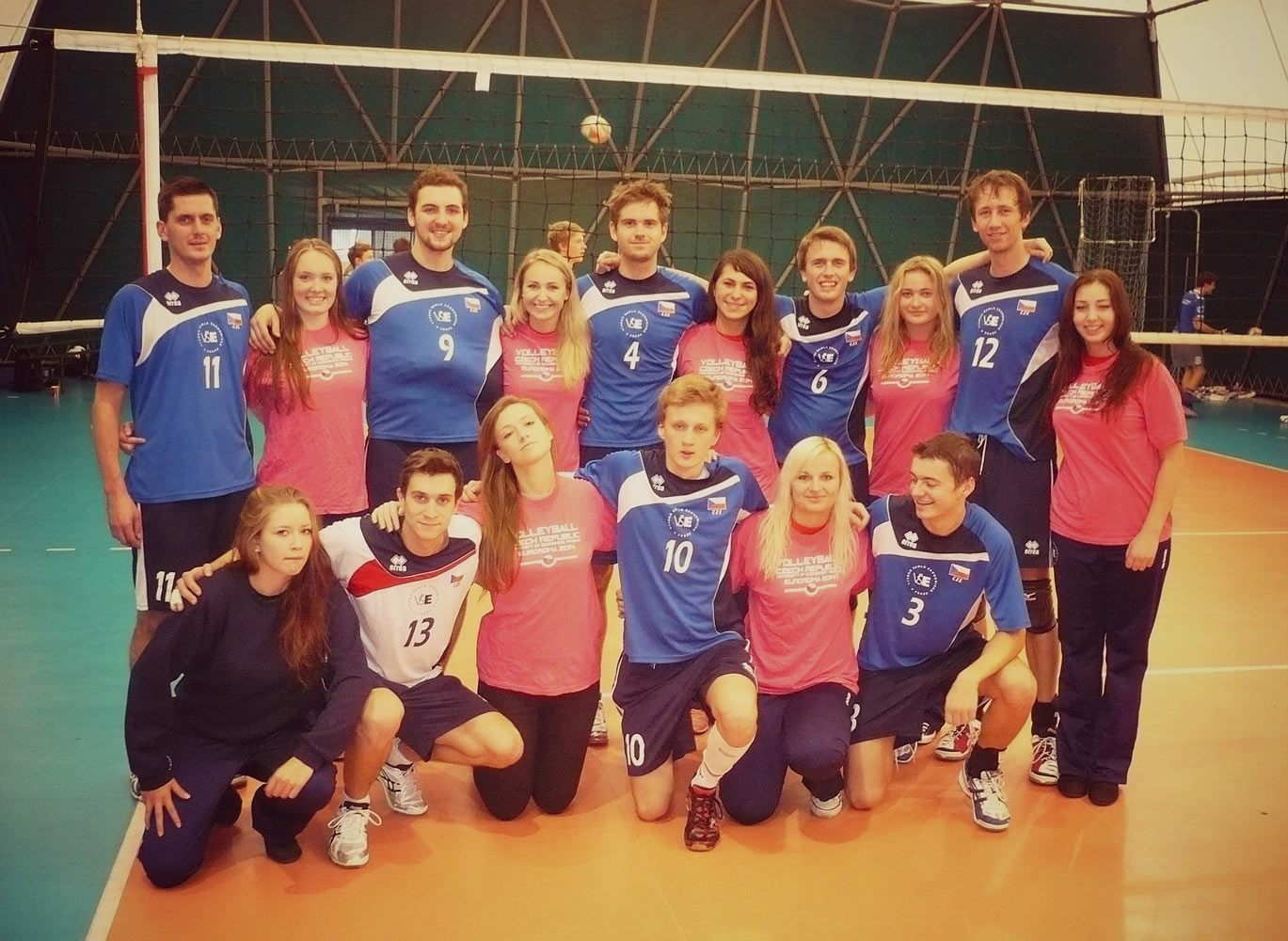 Volejbalisté reprezentovali na mezinárodním turnaji Euroroma 2014