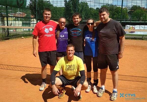 Tým mužů FPH je podzimním vítězem 7. ročníku Volejbalové ligy VŠE