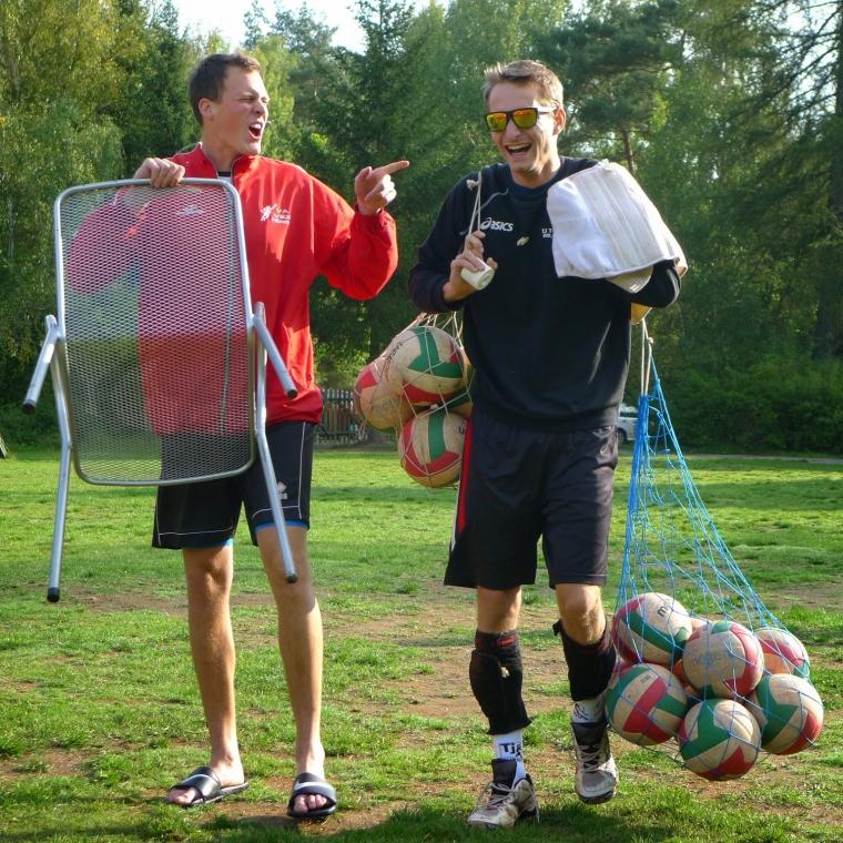 Zapoj se do volejbalové kolektivu