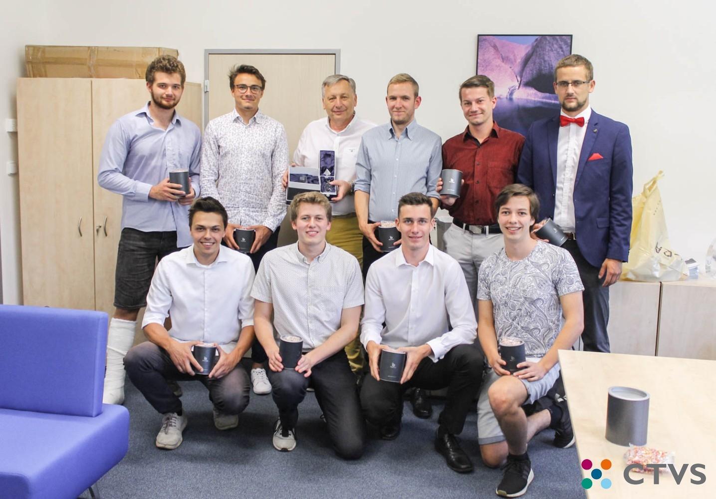 Reprezentační tým mužů FPH je vítězem 7. ročníku Volejbalové ligy VŠE